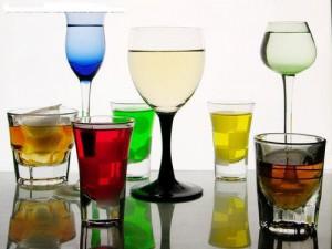 Ученые уверены: небольшие дозы алкоголя помогают в творческой работе