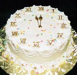 Губернатор Новгородской области подарил пациентам детской больницы торт