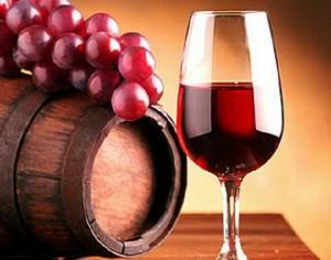 Ученые доказали: красное вино разрушает мышцы
