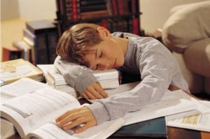Минобрнауки запретит учителям задавать много домашних заданий