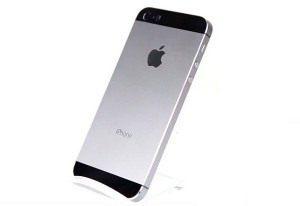 В интернете появились первые шпионские фото iPhone 6c