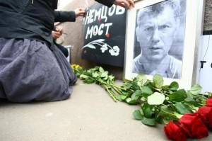 Как на памяти Немцова наживаются соратники