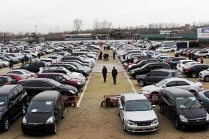 """Россиянам запретят продавать """"с рук"""" б/у автомобили"""