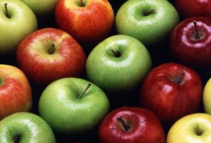 Ученые опровергли утверждение, что яблоки полезны для здоровья