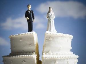 Браки по любви распадаются чаще - ученые