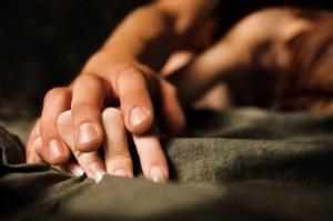 Длительный и регулярный секс может спасти от онкологии - ученые