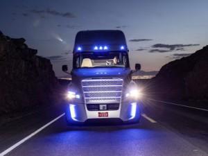 Первый грузовик с автопилотом получил лицензию на грузоперевозки