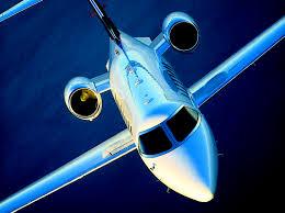 Британские ученые создали самовосстанавливающиеся крылья самолетов