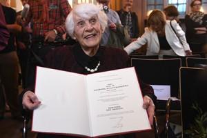 Немка защитила докторскую диссертацию в 102 года