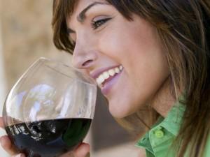 Ученые утверждают, что ленивые должны пить красное вино