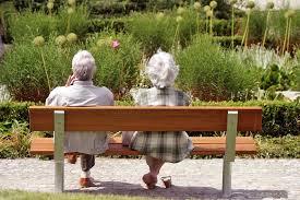 92 - летняя жительница Норвегии сбежала из дома престарелых с 87 - летним бойфрендом