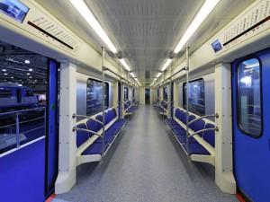 В обшивке новых вагонов столичного метрополитена установят скрытые видеокамеры
