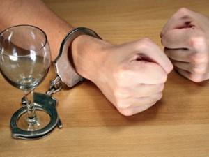От алкоголизма спасет брак - ученые