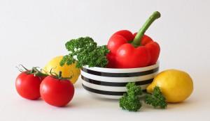 Медведев опроверг информацию о дефиците мяса, овощей и фруктов в России