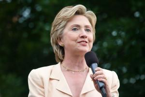 Соц опрос: Электорат видит в Хиллари Клинтон будущего президента страны