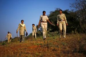 """В логове льва: Женщины-спасатели """"опасных кошек"""" в Индии"""