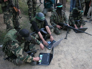 США: Школьники в Юте получили задание создать пропагандистский листок террористов