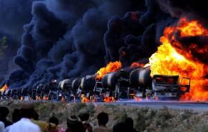 Россия права: США закрывало глаза на торговлю нефти ИГИЛ с Турцией