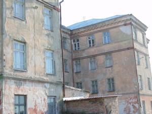 Снос или ремонт? Власти Иркутска закрывают школу
