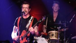 Eagles of Death Metal присоединится к U2 на концерте в Париже