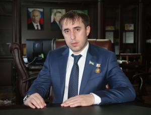 Глава Гудермесского района Чеченской республики, назвал ложью и домыслами, информацию о его участии в ДТП в Махачкале