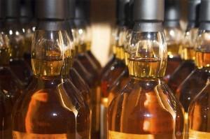 Красноярск: Продавцы ядовитого виски, убившего 14 человек, вышли из СИЗО