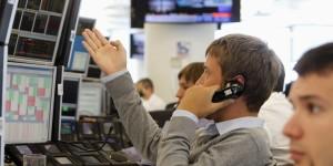 Российские акции и индексы демонстрируют снижение уровня
