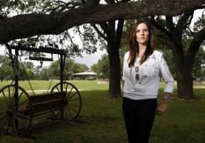 Вдова Криса Кайла, снайпера США, фильм о котором, несколько лет назад вышел на широкие экраны, выступила против стремлений президента США ужесточить контроль за оружием среди населения.