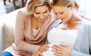 Женщина из Техаса родила ребенка для своей дочери