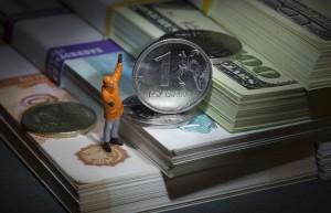 Недооцененность рубля к доллару эксперты оценивают в 69%