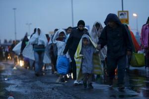 """130 тысяч мигрантов """"потерялись"""" в Германии"""