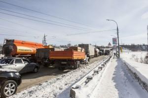 "Трасса ""Оренбург- Орск"" плохо функционирует из-за заносов"