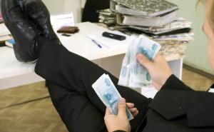 Руководитель Красноярского избиркома, полицейские и замглавы города скрыли свои доходы