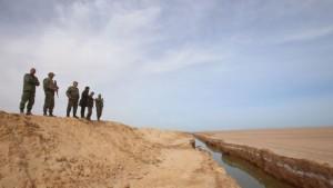 Тунис построит стену на границе с Ливией, чтобы спастись от террористов