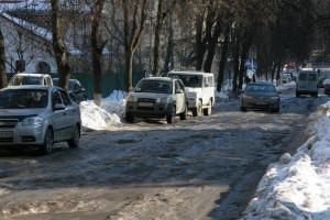 Жители Алтайского села Тальменка сами расчищают дороги