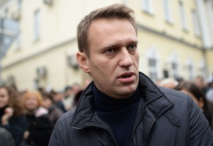 """Нападение на Навального: очередной торт """"нашел"""" своего оппозиционера"""