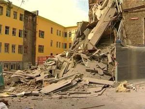 Томск: Обрушилась стена аварийного дома