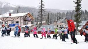 6 февраля в парке Покровское-Глебово прошел благотворительный заезд на лыжах «Дети вне политики»