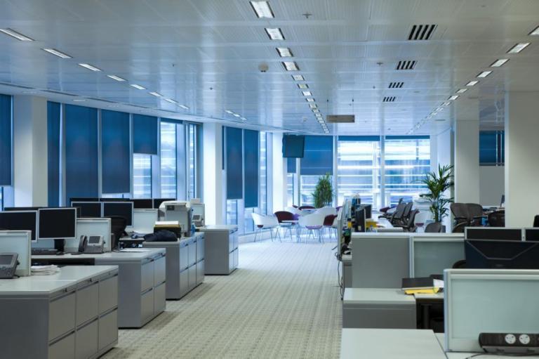 Ежедневная уборка офисов со скидками до 30% - специальные цены клининговой компании УБОРКА.МОСКВА