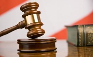 Питерский коллектор получил наказание за угрозы полицейскому