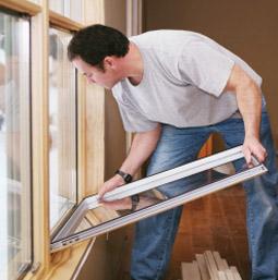Как заменить стеклопакеты, если разбитое окно недоступно
