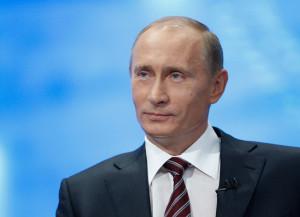Владимир Путин принял участие в параде ко дню МВФ
