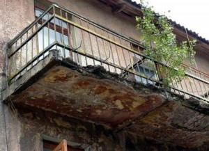 В Клину восстановили разрушающиеся балконы