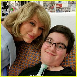 Тейлор Свифт посетила детский госпиталь в Австралии