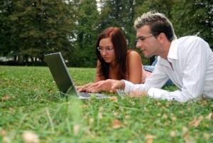 Интернет на свежем воздухе: несколько способов выйти в сеть с Подмосковной дачи