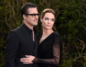 Анджелина Джоли разводится с Брэдом Питтом