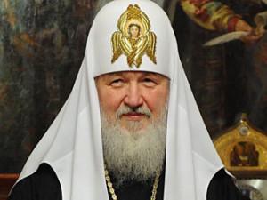 Патриарх Кирилл призывает игуменов обзавестись скромными посохами