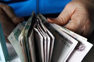 Дмитрий Медведев заявил о падении реальных доходов россиян