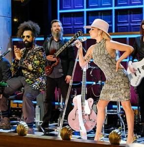 Леди Гага своим монологом открывает «The Late Late Show» Джеймса Кордена