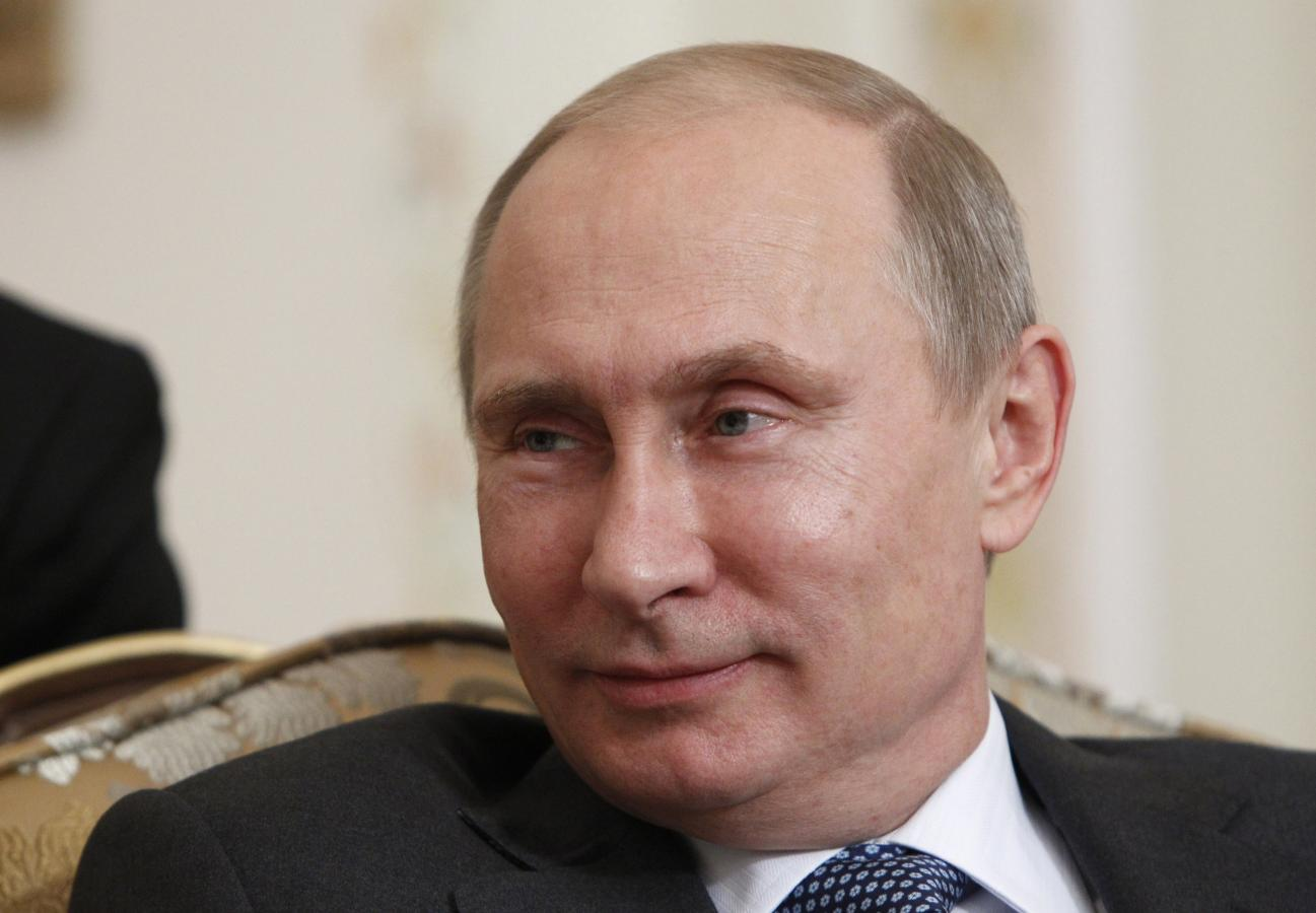 Владимир Путин смутил педагога вопросом о заработной плате